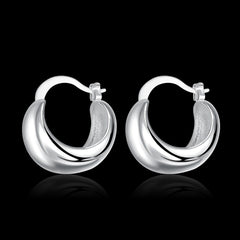 Light Smooth Silver Earring