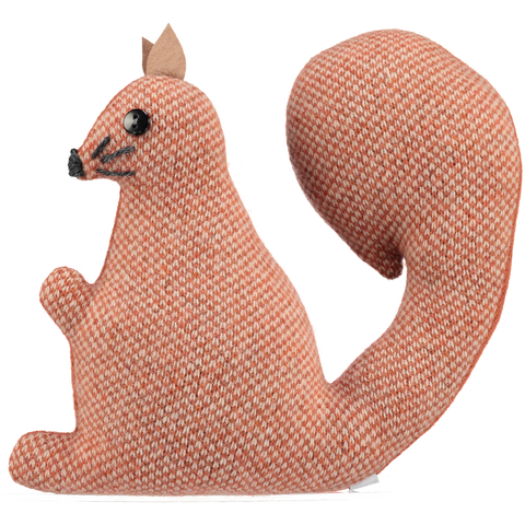 red knitted squirrel