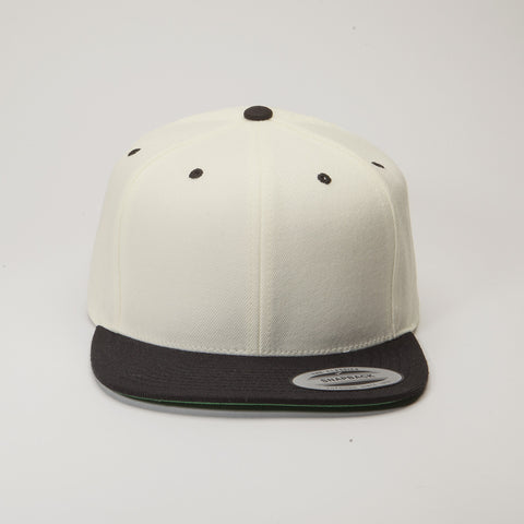 Yupoong The Classic Snapback Natural/Black