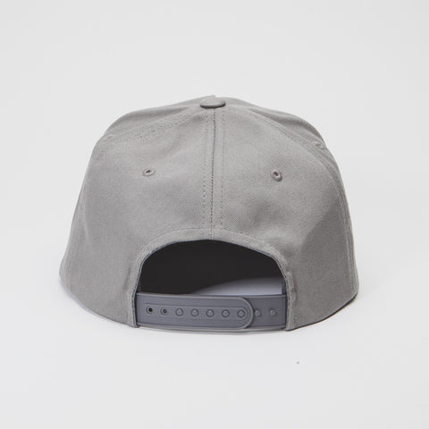 Yupoong The Classic 5 Panel Snapback Grey