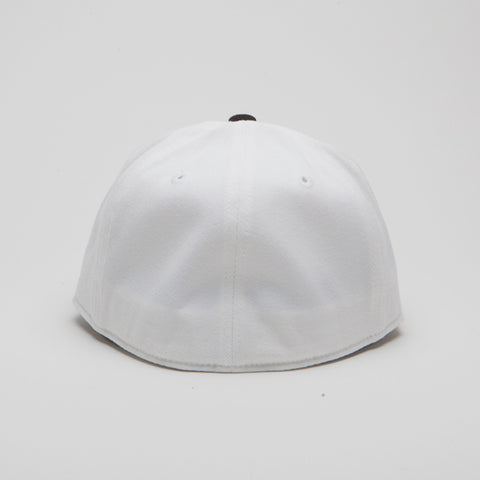 Yupoong Flexfit Fitted White/Black