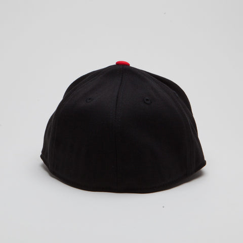 Yupoong Flexfit Fitted Black/Red