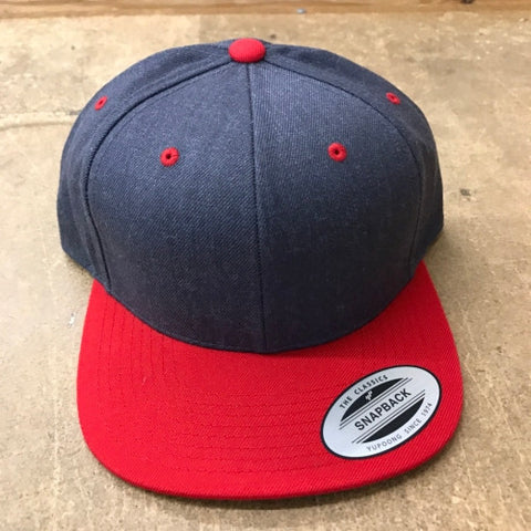 [NEW] [NEW] Yupoong The Classic Snapback Dark Heather/Red