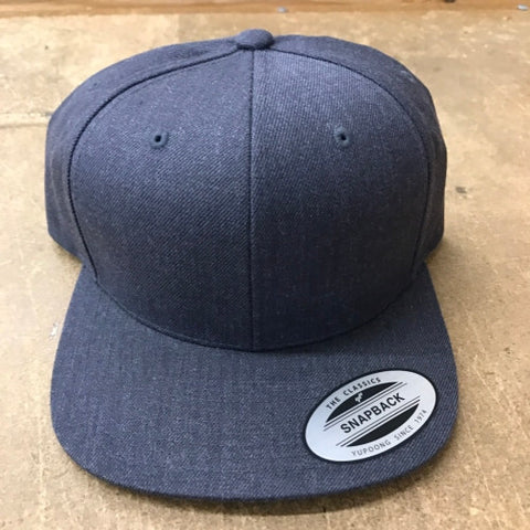 [NEW] Yupoong The Classic Snapback Dark Heather