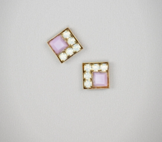 Quattro Violet Earrings
