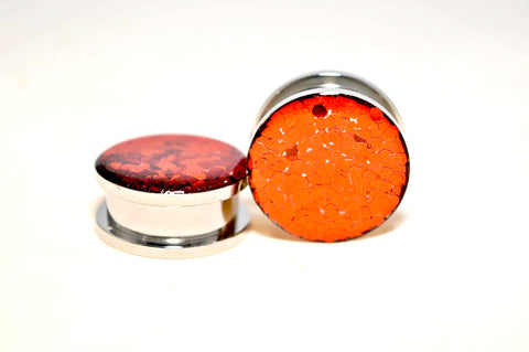 316L surgical steel screwback threaded flesh tunnel with red shimmer glitter scales front resin set 6mm - 24mm
