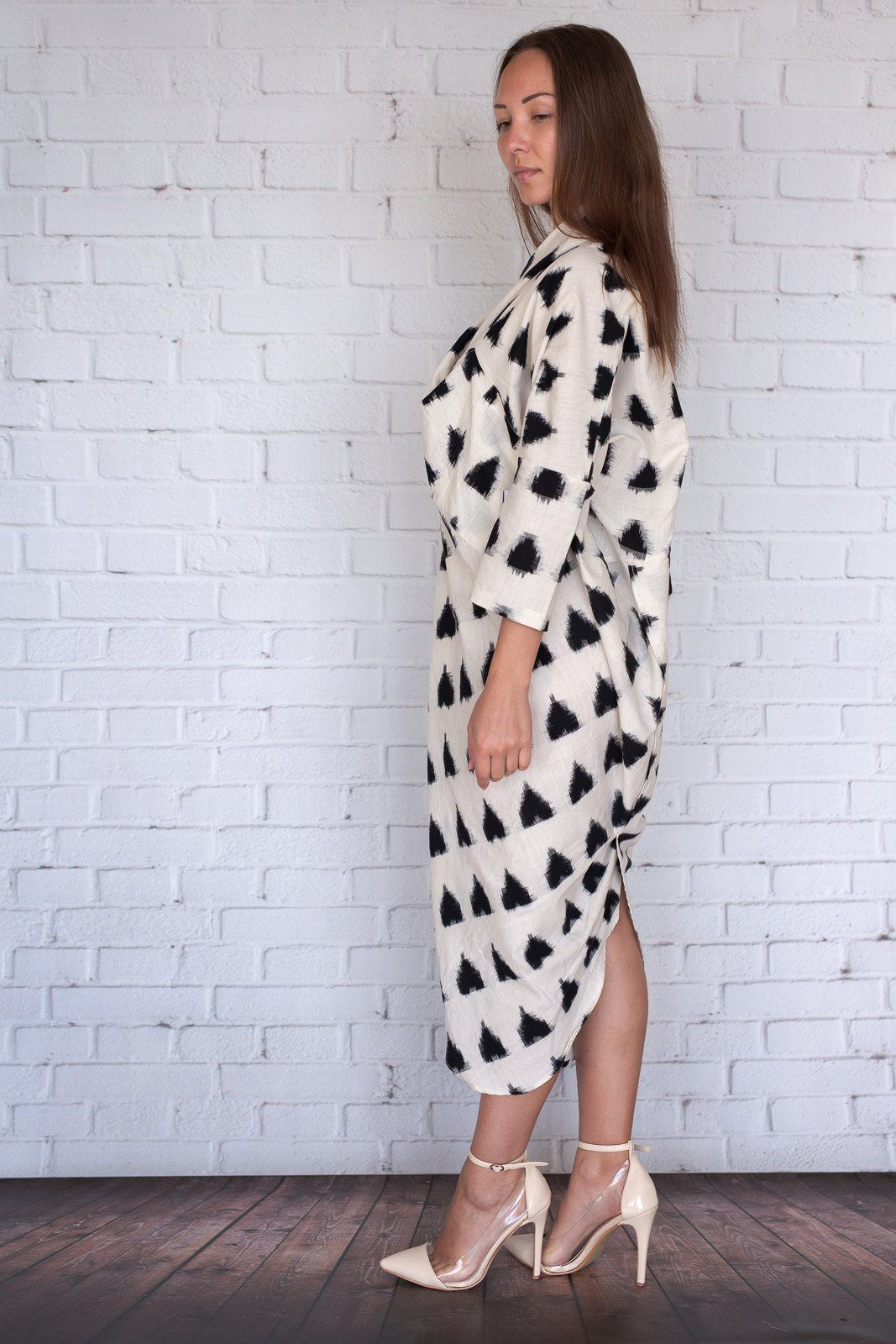 Miki - Ivory with Black Shapes - PROJECT 6, modest fashion