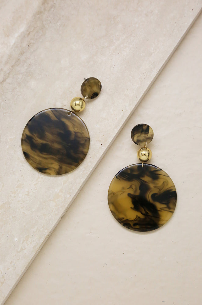 Cleopatra Resin Disc Earrings in Tan & Black
