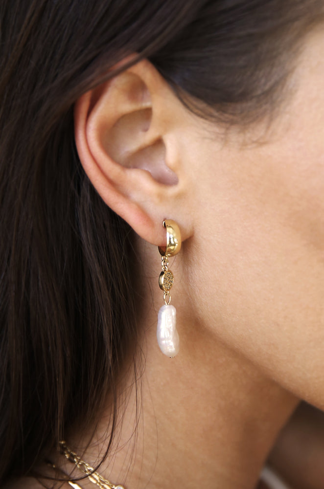 Little Things Freshwater Pearl Drop & 18k Gold Plated Earrings