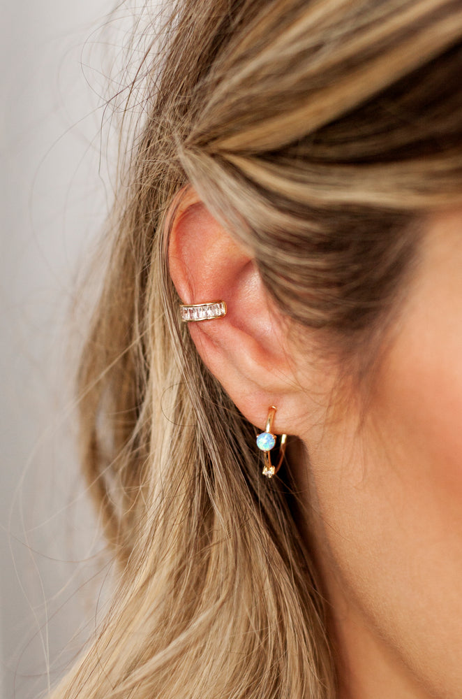 Class Crystal 18k Gold Plated Ear Cuff
