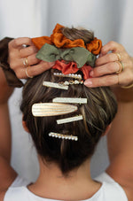 String Me Along Hair Pin Set