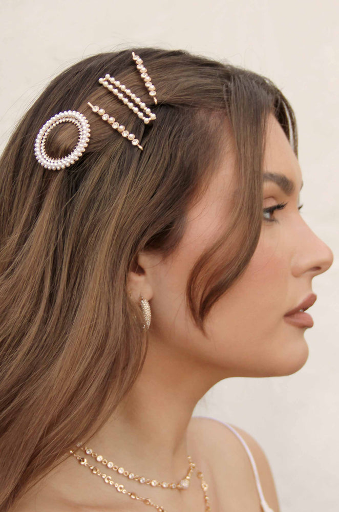 Pearl and Crystal Round Ring Hair Barrette