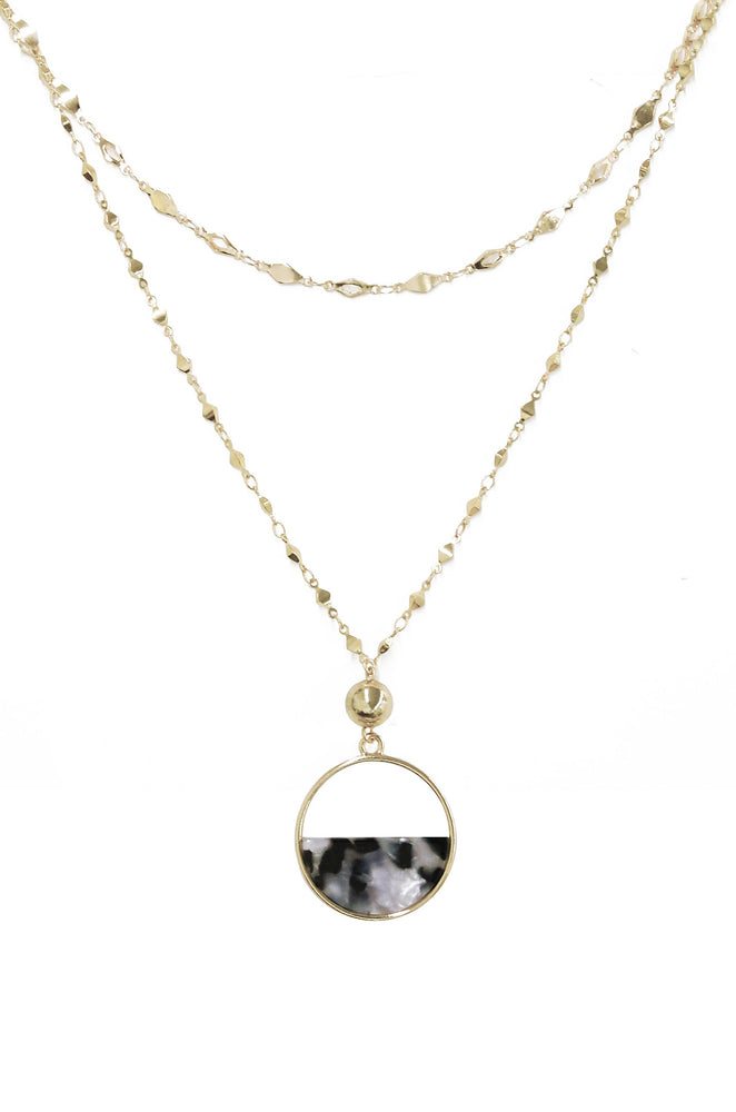 Feminine Mystique Black and White Resin 18k Gold Plated Pendant Necklace