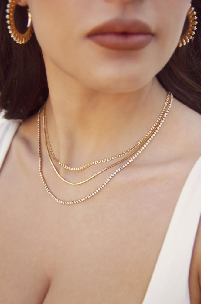 Minimal Layers Crystal and 18k Gold Plated Necklace