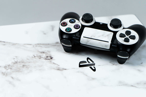 PS4 Skin in White Marble