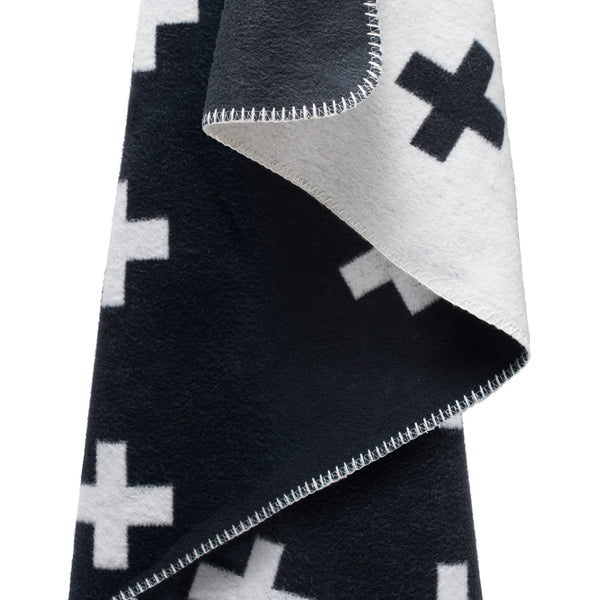 Cross Pattern Blanket