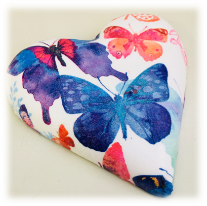 18,19. Decoupage Plaster Heart - Hands Craft Store