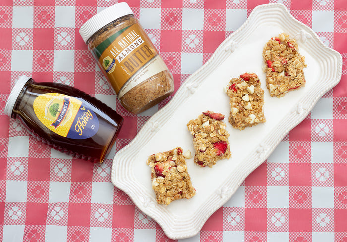 No-Bake Almond Butter Strawberry Oat Bars