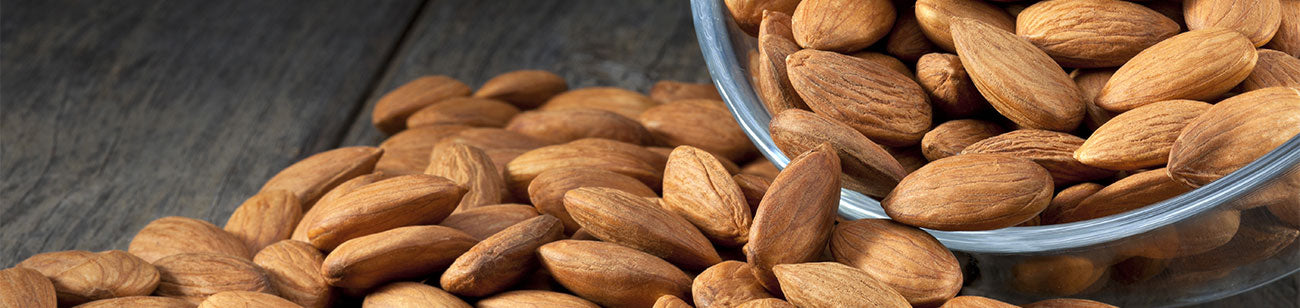8 Reasons You Should Be Eating Almonds