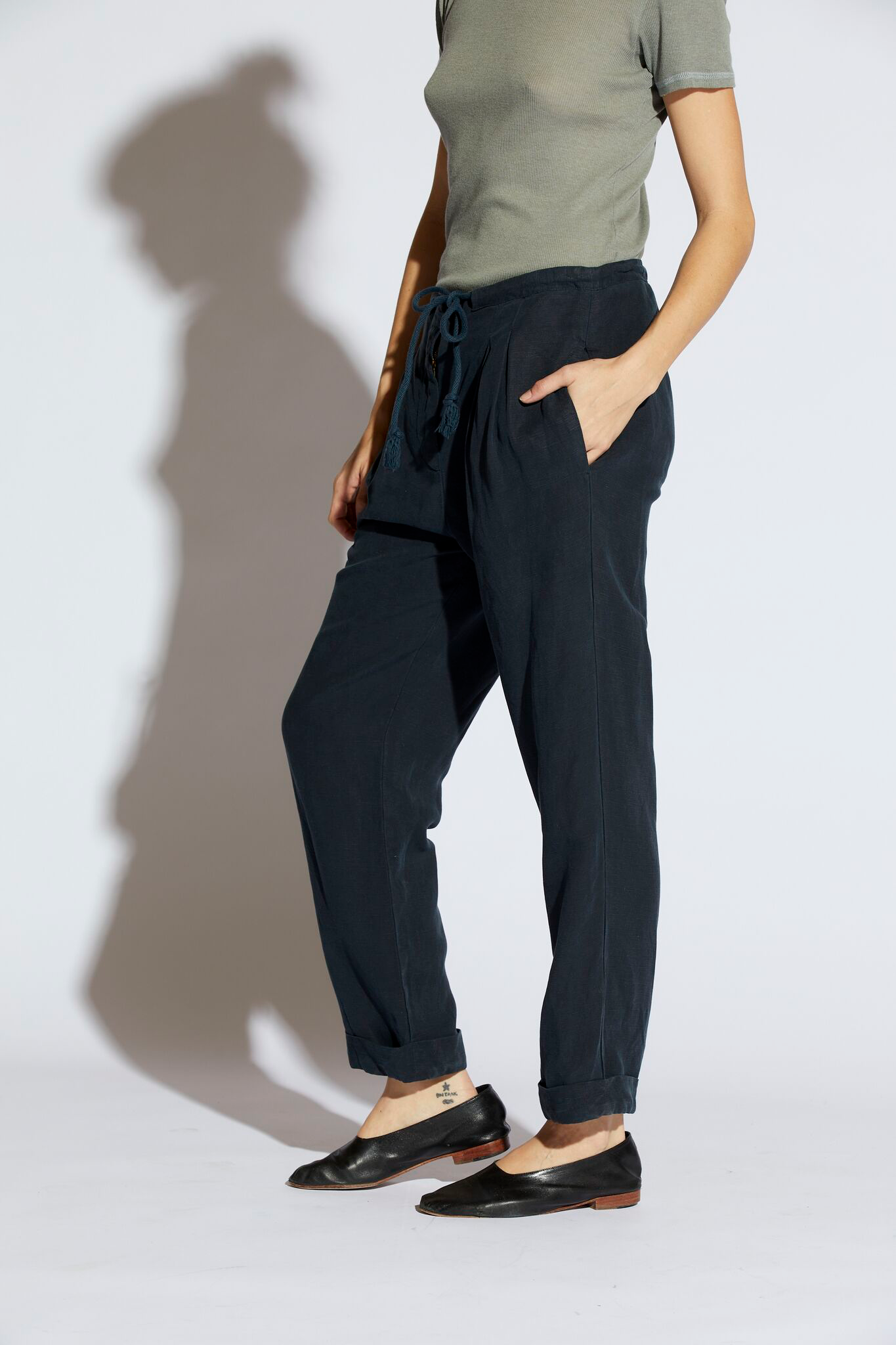 Viola Pleated Pants
