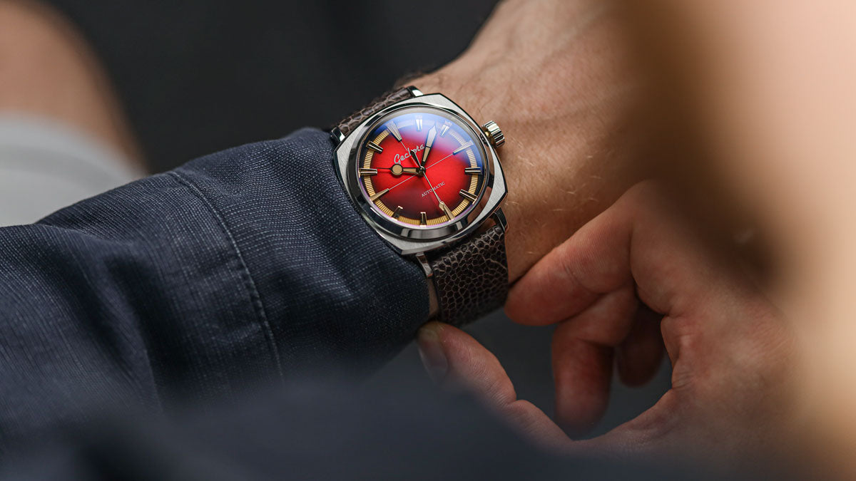 The Geckota G-01 Arctic Edition in Red