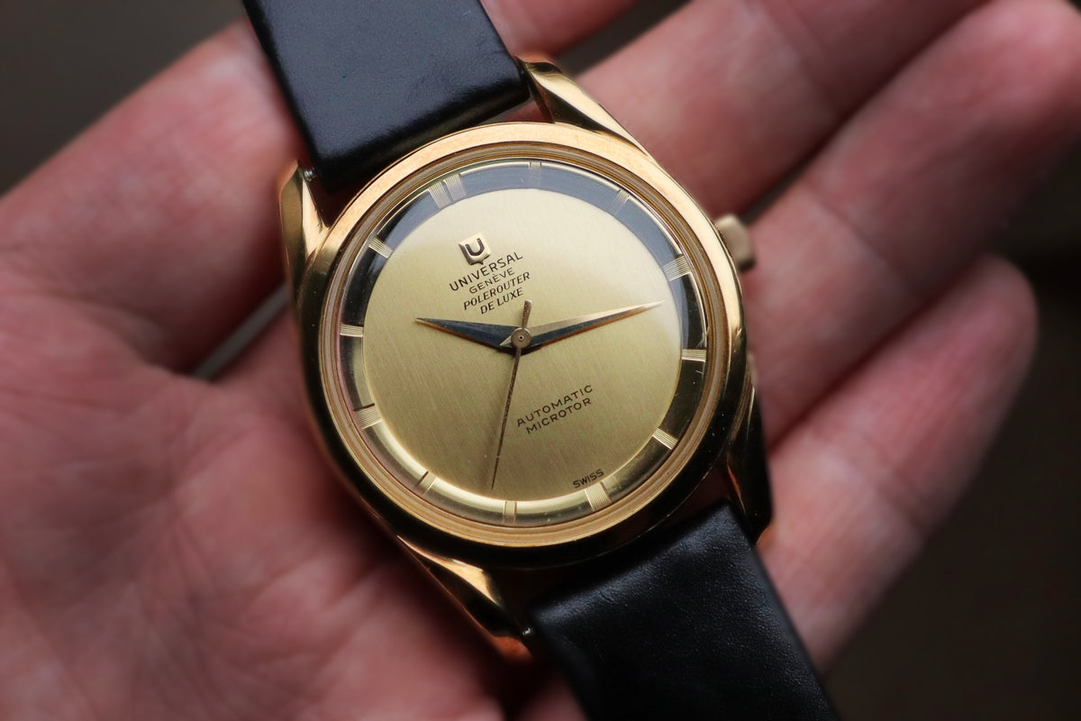 An example of a Universal Genève Polerouter DeLuxe in 18ct gold