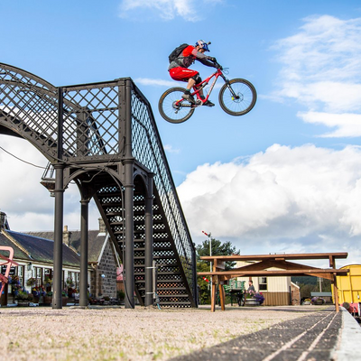 Santa Cruz - Danny MacAskill's bike check