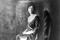 Alice Paul Biography for Kinds