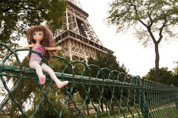 Where's Lottie? Visiting the Eiffel Towel in Paris, France