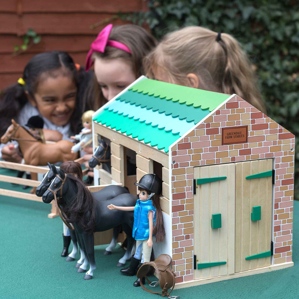 Toy Stables Horse Amp Pony Wooden Doll Playset Lottie Dolls