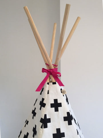 Original Wildfire Teepee Cross Print Pink Trim Close Up 2 MyBabyEdit