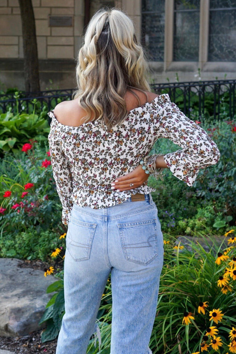 Daisy Off The Shoulder Top