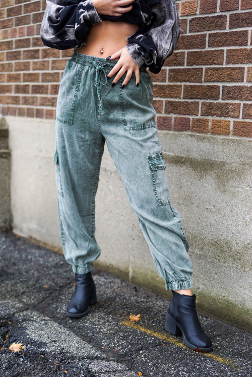 Cassis Olive Pants