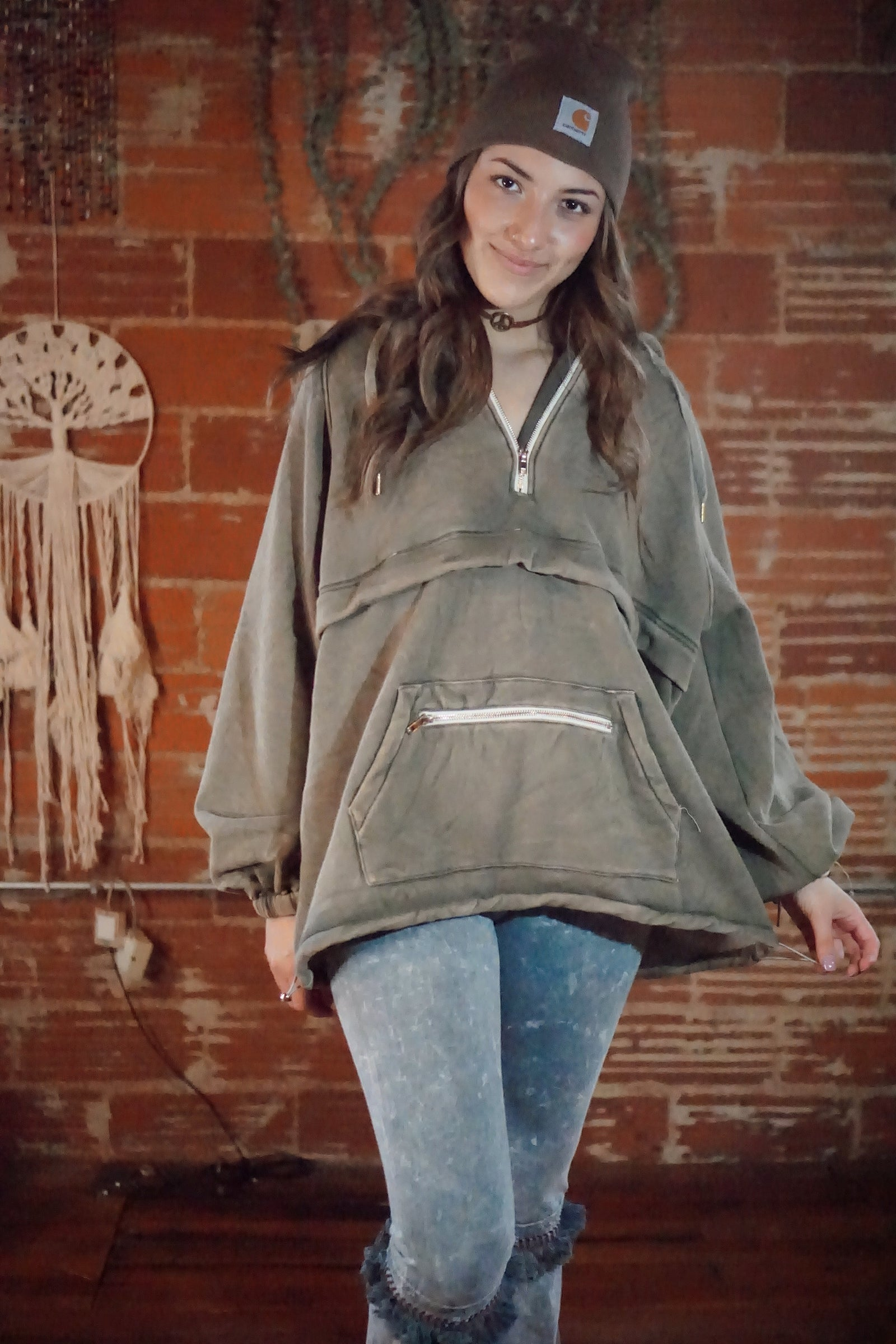 Felicia Olive Fleece Mineral Wash Pullover