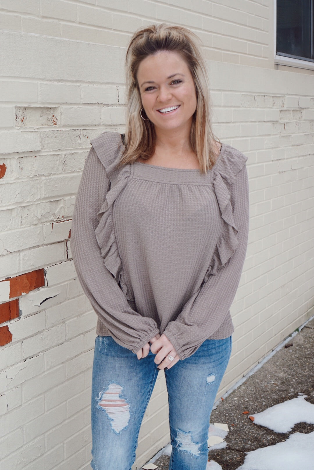 Lola Taupe Ruffle Thermal