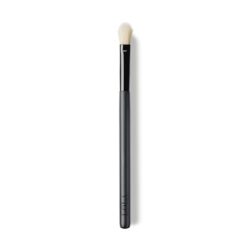 Lola Make Up Eyeshadow Blending Brush