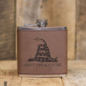 'Dont Tread On Me' Leatherette Flask