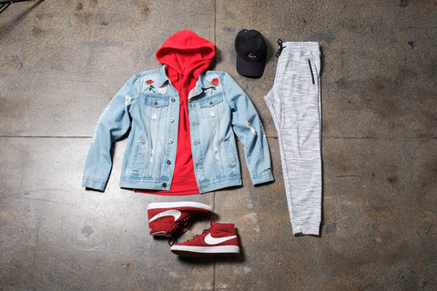 Weekend Look - Urban jogger outfit with denim jacket and hoodie