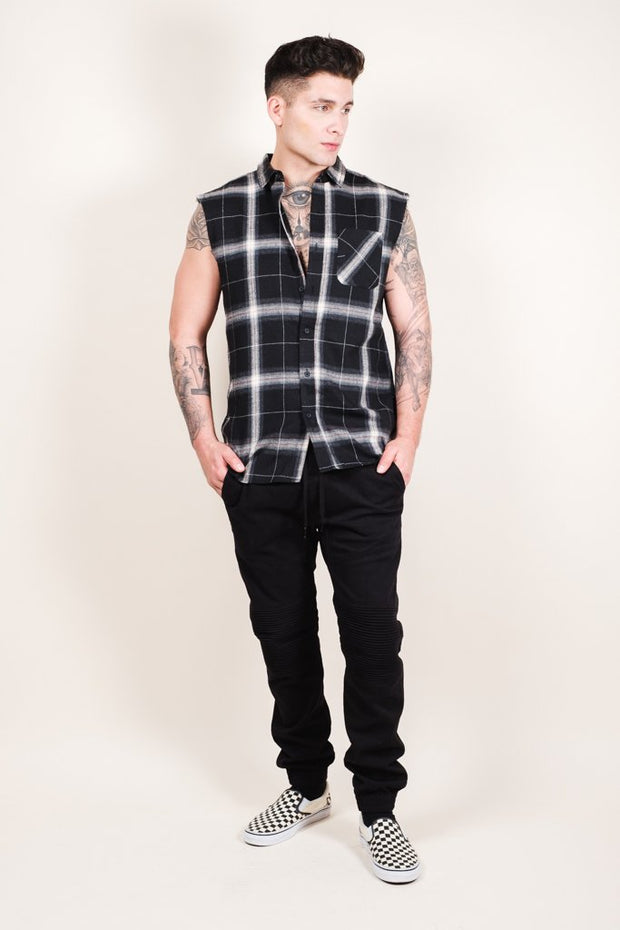 Brooklyn Cloth Men's Black Sleeveless Plaid Woven Shirt