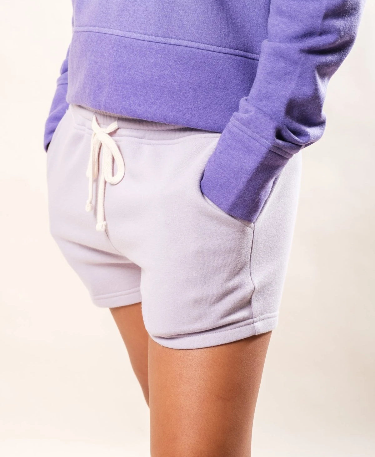 WOMEN'S LAVENDER SHORTS