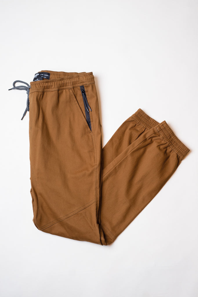 TOBACCO SIDE ZIPPER POCKET TWILL JOGGER PANTS by Brooklyn Cloth