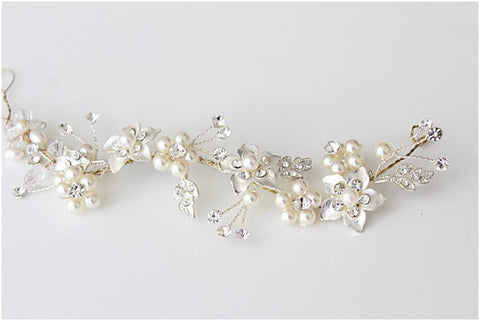 Stella Flower and Rhinestone Leaf Vine