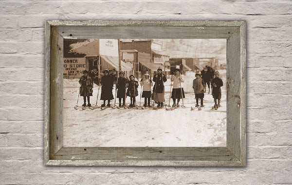 Girls ski race - 1916