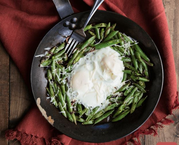 Green, Healthy Recipe of the Week! Egg and Blistered Green Bean Skillet