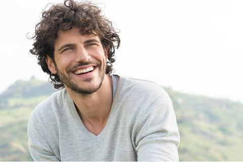 How to Choose: Hair Products for Men with Wavy Hair