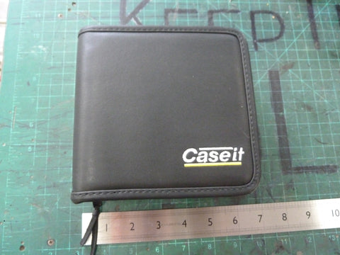 "Minimalist ""Leather"" Case-It Case"