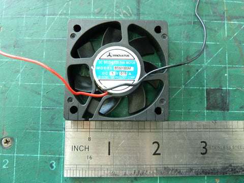"2"" 5VDC brushless dc muffin fan"