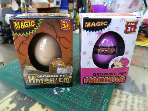 "Growing ""Hatch'Em"" Magic Animal Surprise! (Comes in Dinosaur or Flamingo)"
