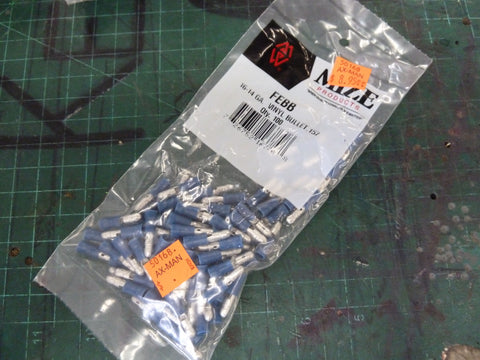 Bag of 100 16-14 AWG Blue Vinyl Bullet Connectors