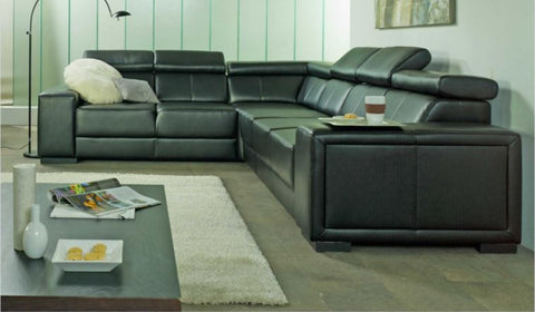 "Sectional ""Ewa"" in Black PU Leather"